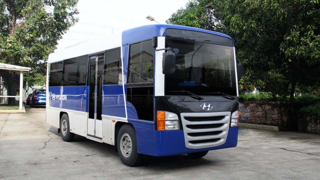 Hyundai's Modern Jeepneys Receive DOTR Certification