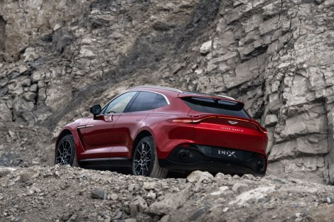 2020 Aston Martin DBX Exterior