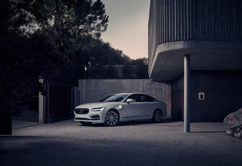 Volvo S90, XC60, XC90 Plug-In Hybrids Now Available In PH