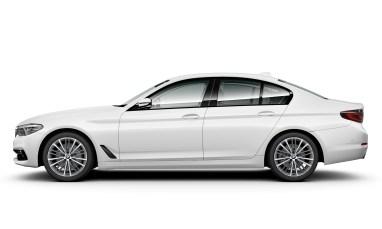 520i Sport (G30) - Side