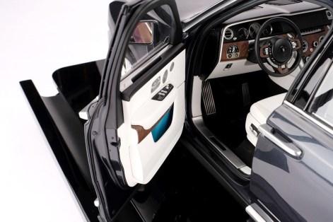 Miniature 1:8 Rolls-Royce Cullinan