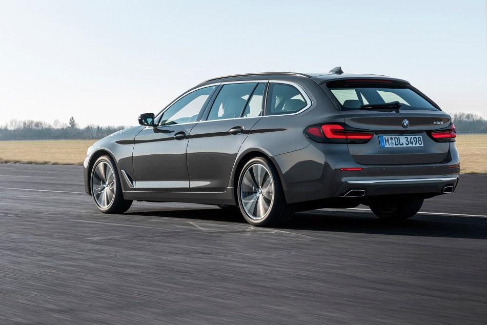 2021 BMW 530i Touring Exterior