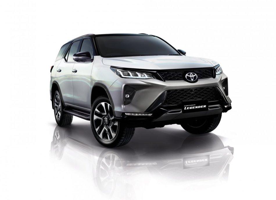 2021 Toyota Fortuner Legender Exterior