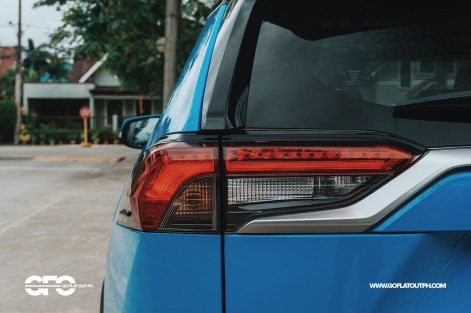 2020 Toyota RAV4 2.5 LTD Taillights