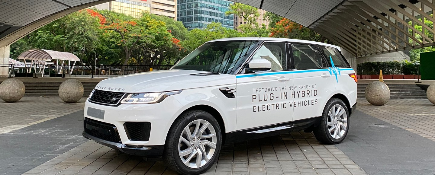 2020 Land Rover Range Rover Velar Review, Pricing, and Specs | 580x1440