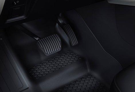 Land_Rover-Defender_110-2020-1600-bf