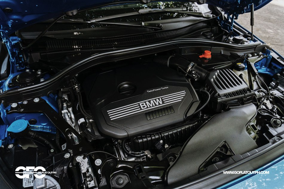 2020 BMW 118i Sport 1.5-liter engine bay