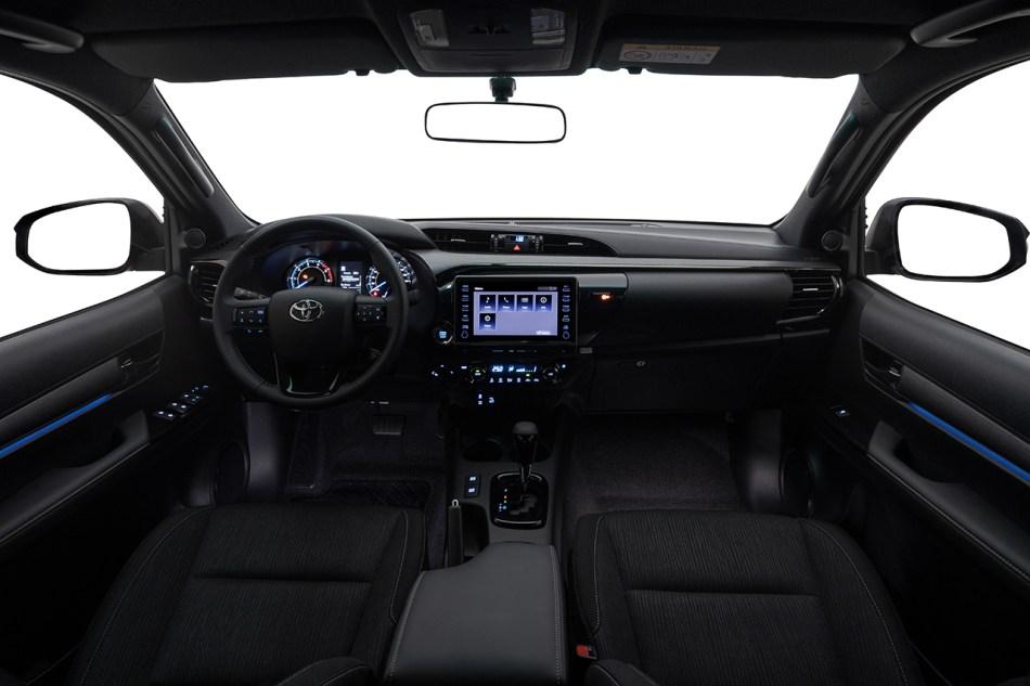 2021 Toyota Hilux 2.8 Conquest 4x4 Interior