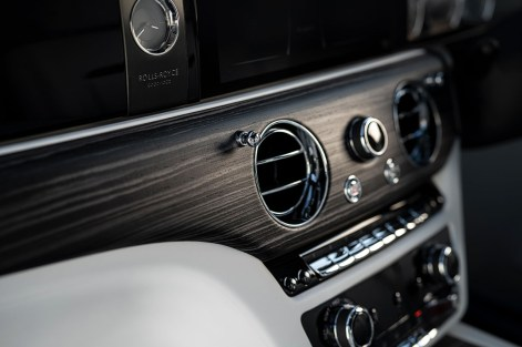 P90398170_highRes_the-new-rolls-royce-
