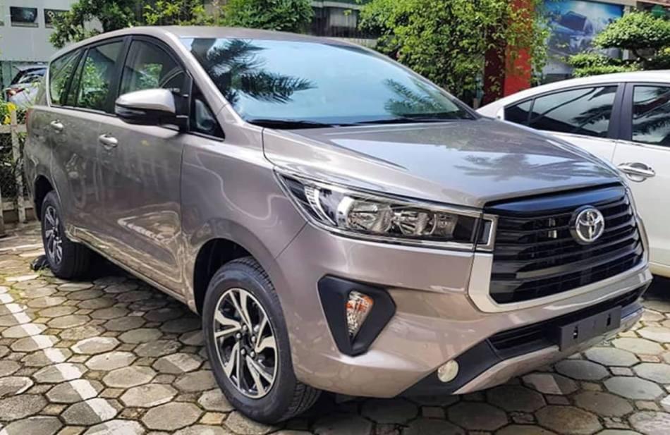 2021 Toyota Innova Spied