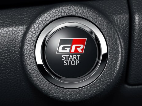 2022-Toyota-Hilux-Z-GR-Sport-Japan-17
