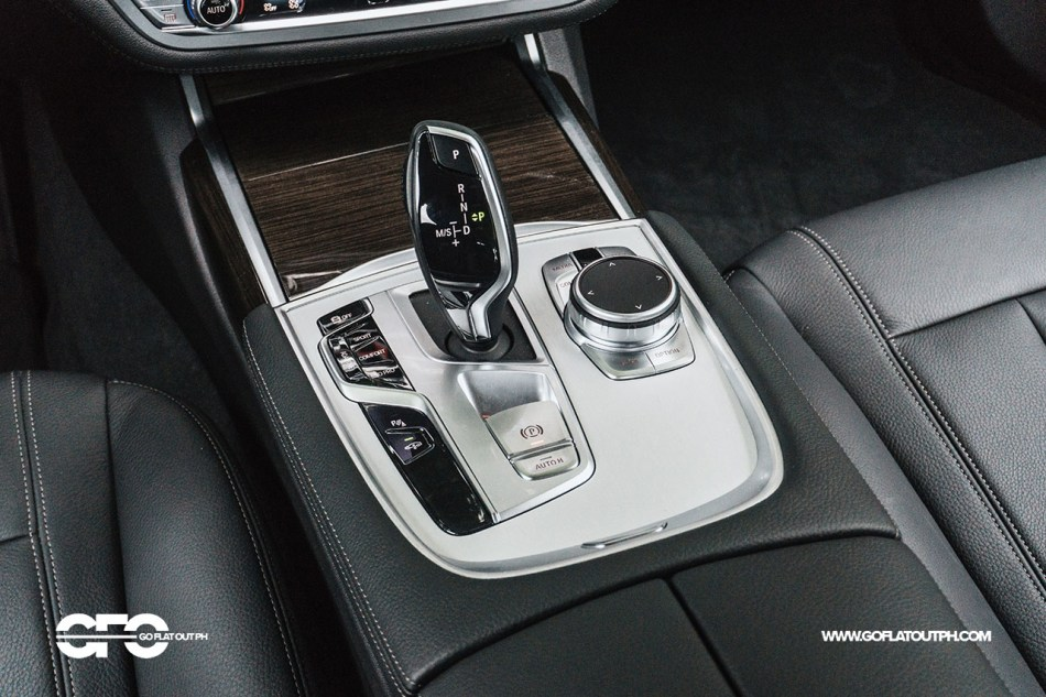 2021 BMW 730i Pure Excellence Philippines Interior