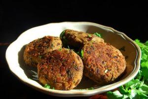 Red Kidney Bean Fritters - Spicy Vegan Recipe