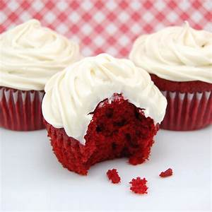 Red Velvet CupCakes – Lovely Cakes With Creamy Frosting