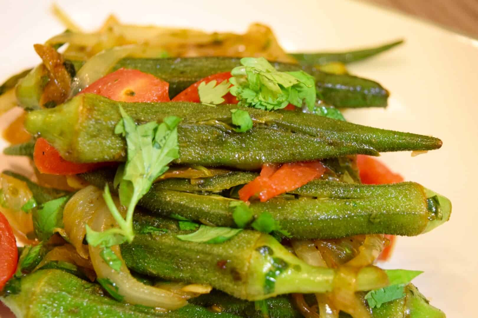 Stuffed Okra – Delicious Okra Filled With Spices Powder