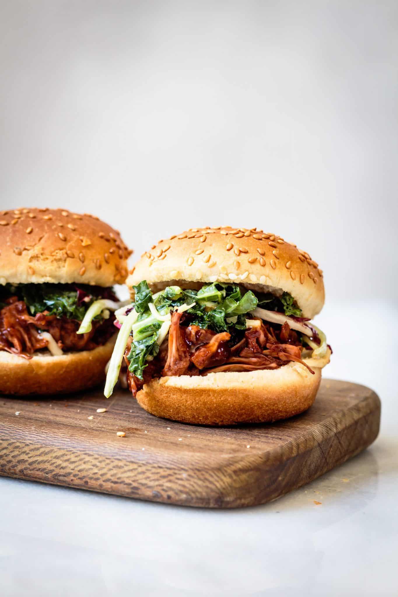 Jackfruit Sandwiches – Meaty Replacement