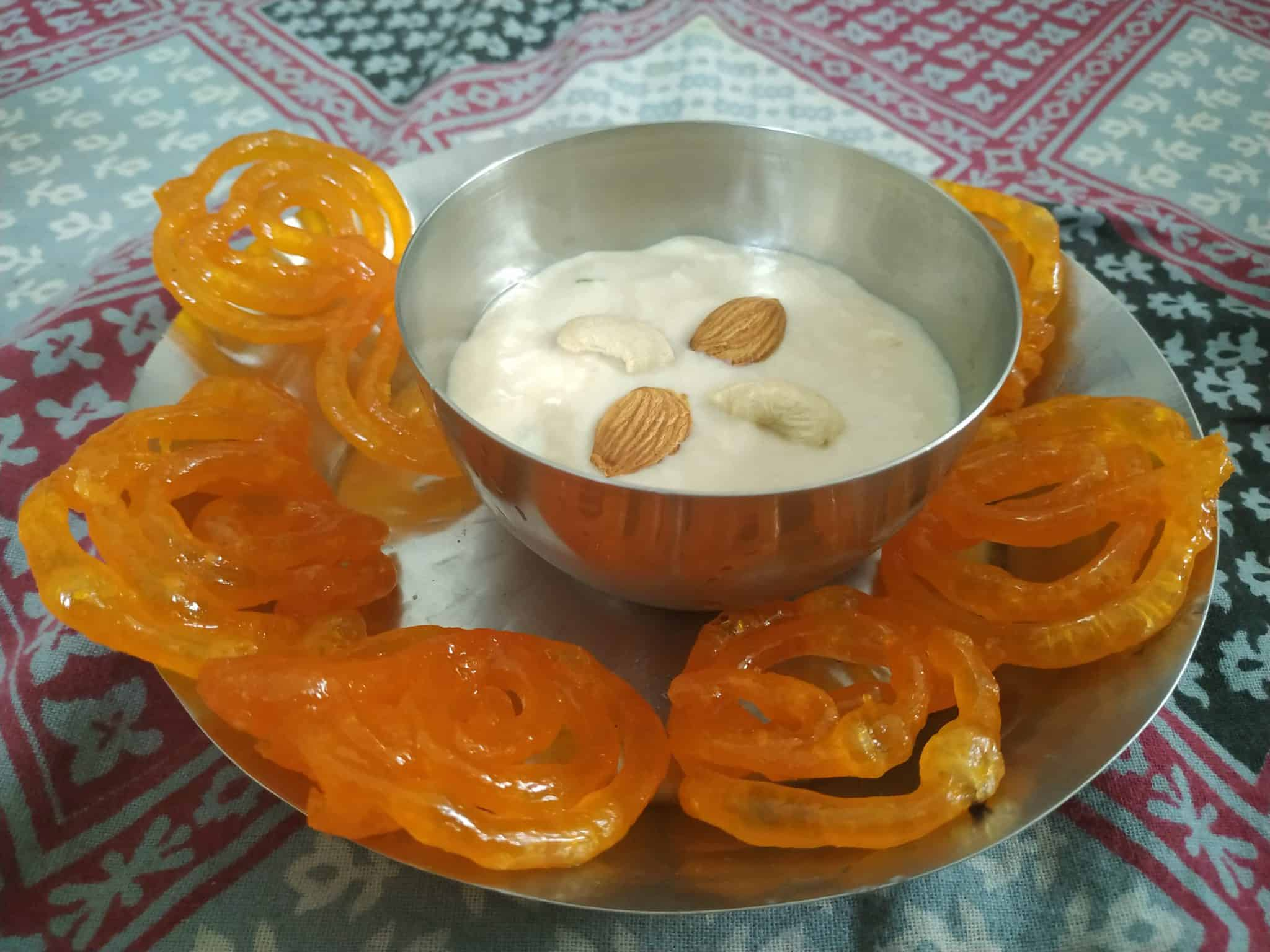 Jalebi with Rabdi- The Authentic Taste of Indian Dessert