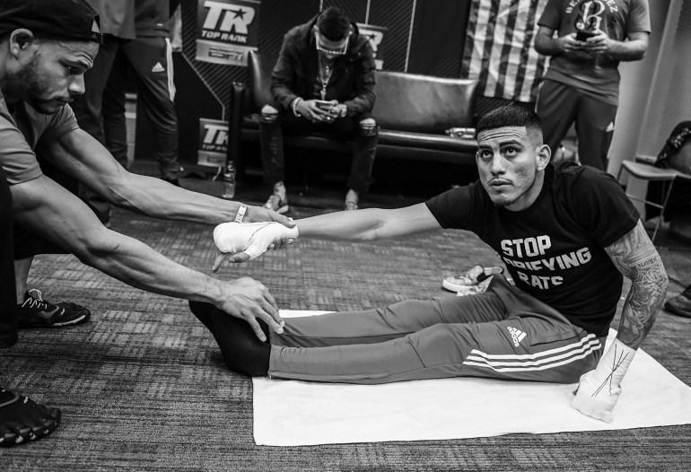 Jose_Benavidez_stretch