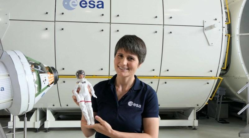 Mattel lancia Barbie Samantha Cristoforetti in collaborazione con ESA
