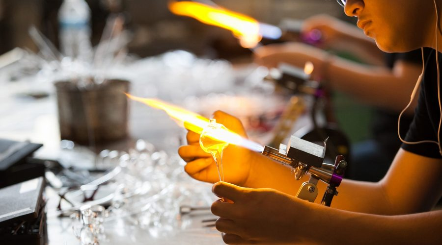 Kids_Making_Warm Glass