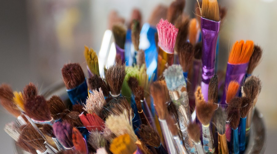 Studio_Brushes_Painting