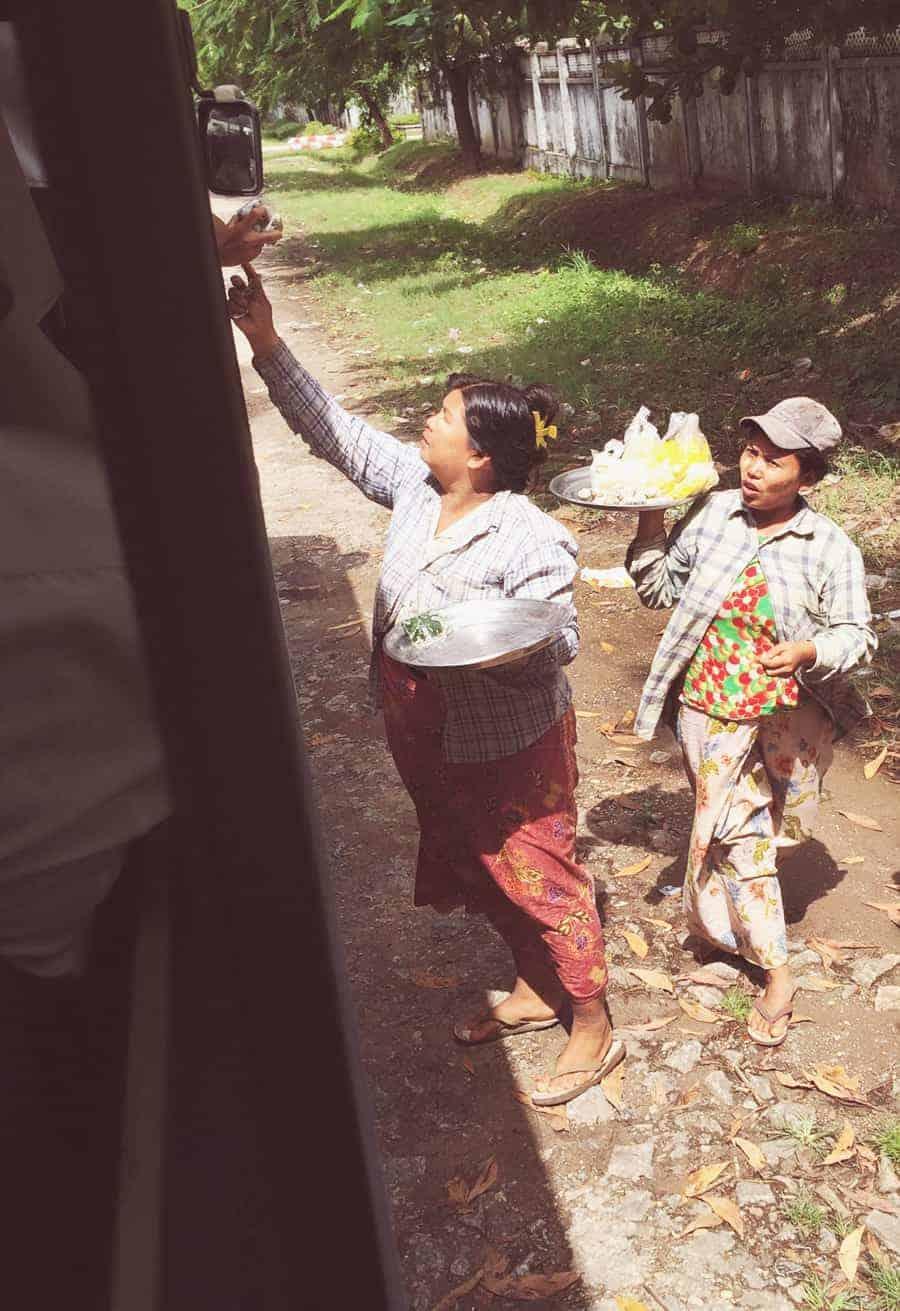 myanmar_busverkauf