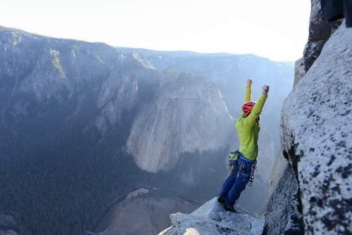 ClimbingChaps--08-TommyCaldwell-DawnWall-elcapitan-finish-10.adapt.1900.1