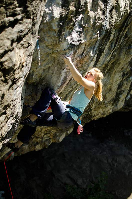 ClimbingGirls-25-Mina Leslie-Wujastyk-Mecca-8b+,RavenTor,UK,set2012-FotoNickBrown