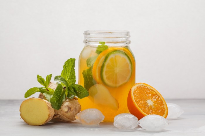 Idea for green tea with lemon and ginger