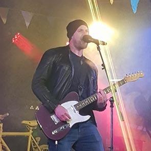 Wedding Singer and Guitarist Yorkshire