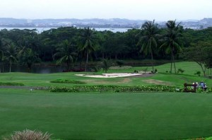 Let's Play Golf at Tering Bay Golf _ Country Club, One of The Best Golf Courses in Batam