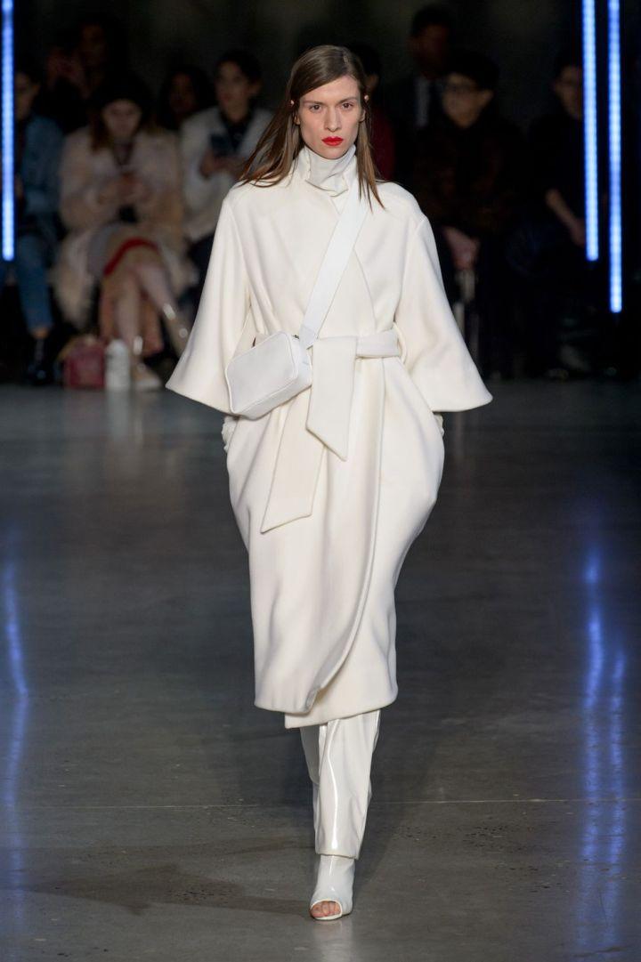 02-cappotto-donne-moda-autunno-inverno-2018-2019-sally-lapointe-rf18-0017-1519945466
