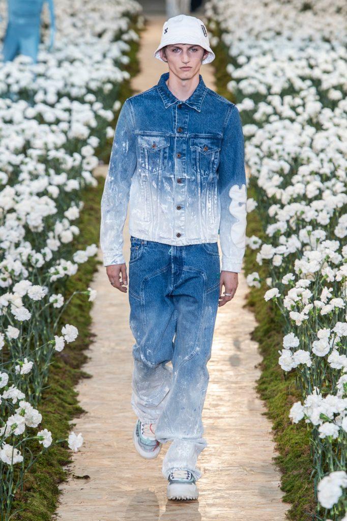 Per Off white il total denim per reinventare il jeans uomo.