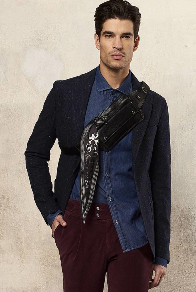 Paul Miranda - Pantaloni in velluto liscio bordeaux abbinati alla camicia di jeans - Gogolfun.it