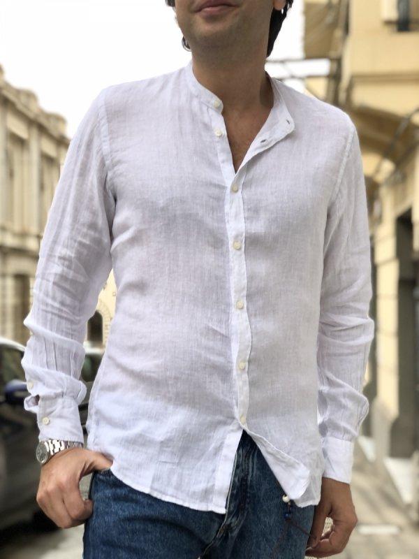Camicia Coreana slim, super intramontabile