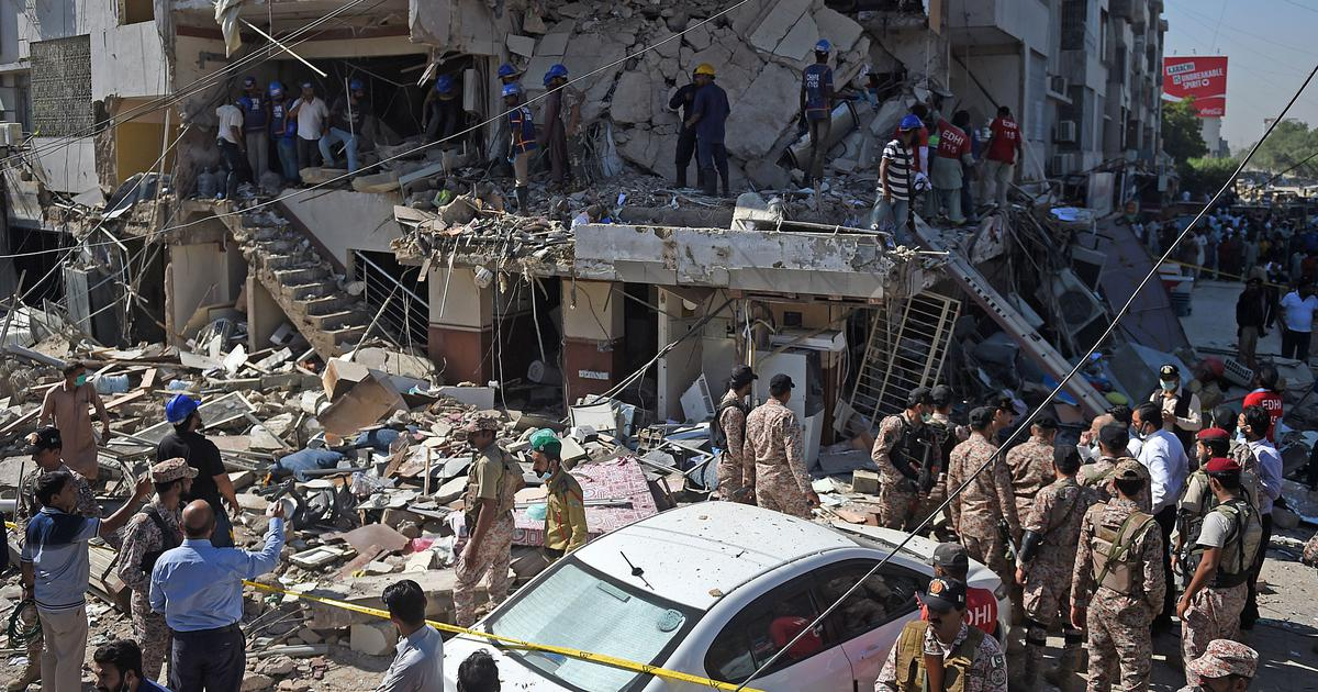 Blast in Karachi leaves 5 dead and more than 20 injured