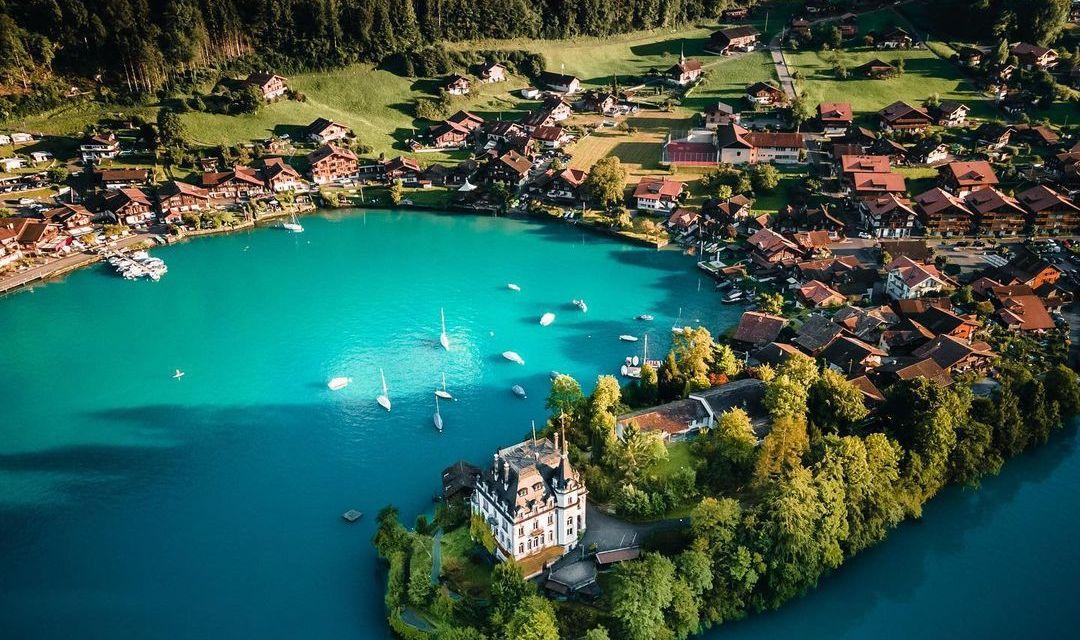 SWITZERLAND – @aventouro