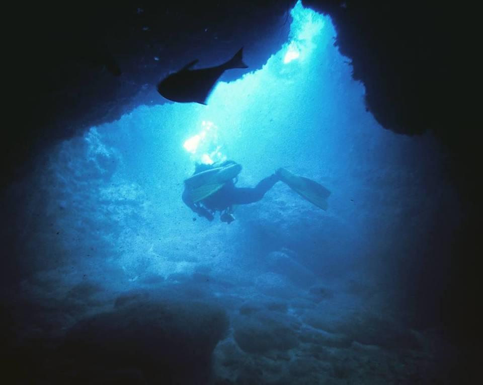 雙峰藍洞,墾丁潛水
