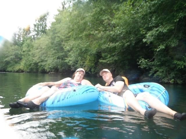 gogs river tubing