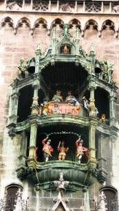 Munich dolls