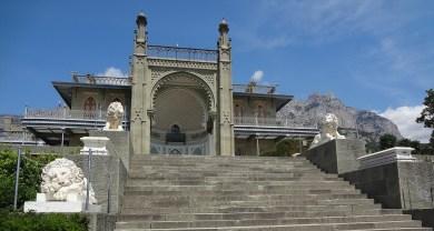 Vorontsov Palace exterior Asia Minor palace - Copy