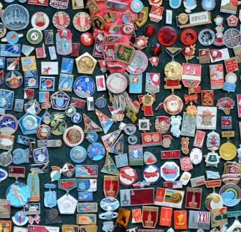 s6 zmaylovsky Vernisazh Soviet pins