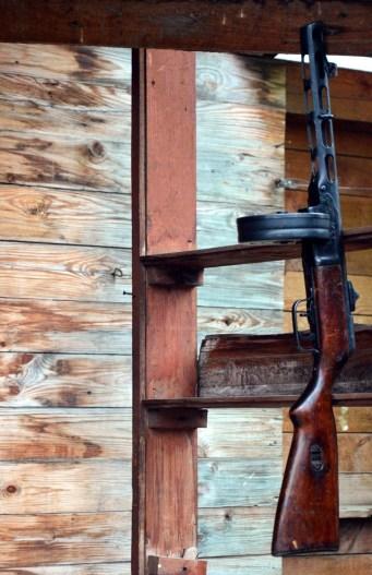 v6 zmaylovsky Vernisazh Kalashnikovs