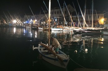 Traditional boat lineup