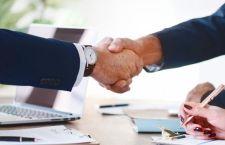 Doua idei de afaceri online testate în România (și ce poți învăța din ele)