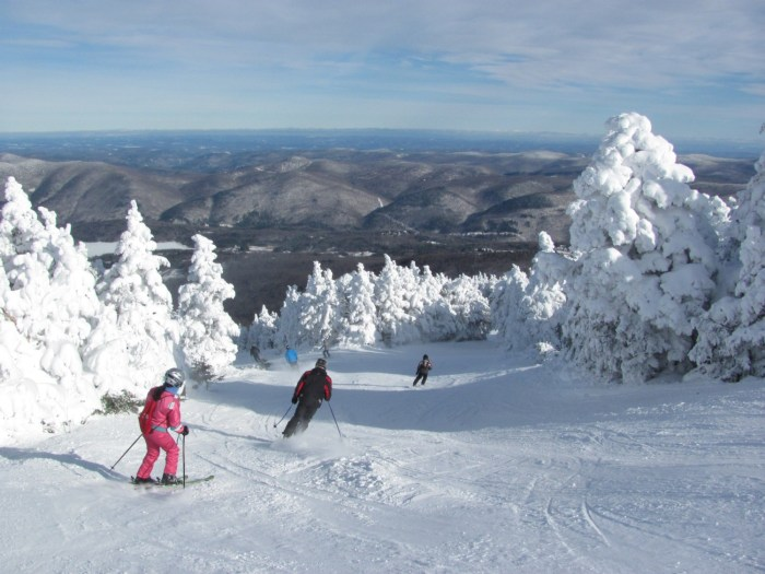 Skiing Pico, which together with Killington, affords six mountains to explore, the largest ski resort in the Northeast. Killington is hosting the Alpine World Cup © 2016 Karen Rubin/goingplacesfarandnear.com
