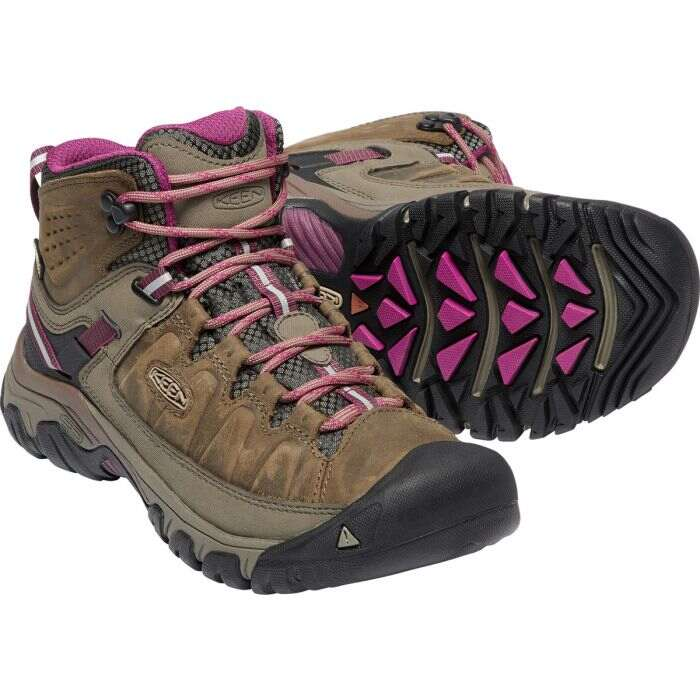 keen-hiking-boots