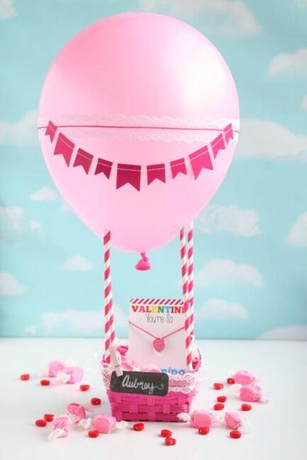 Hot air balloon for valentine