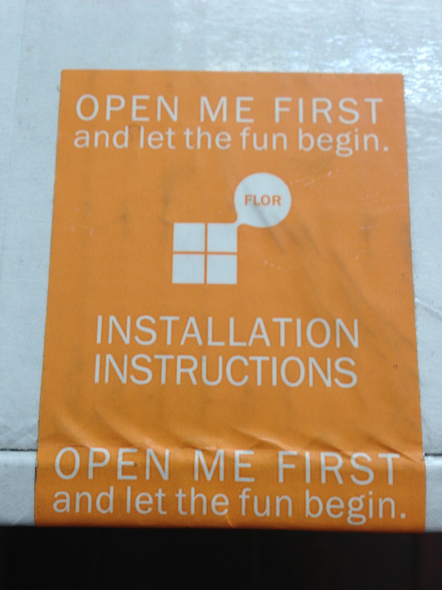 Clear instructions (close-up)