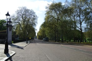 Constitution Hill (Buckingham Palace to the left; Green Park to the right)